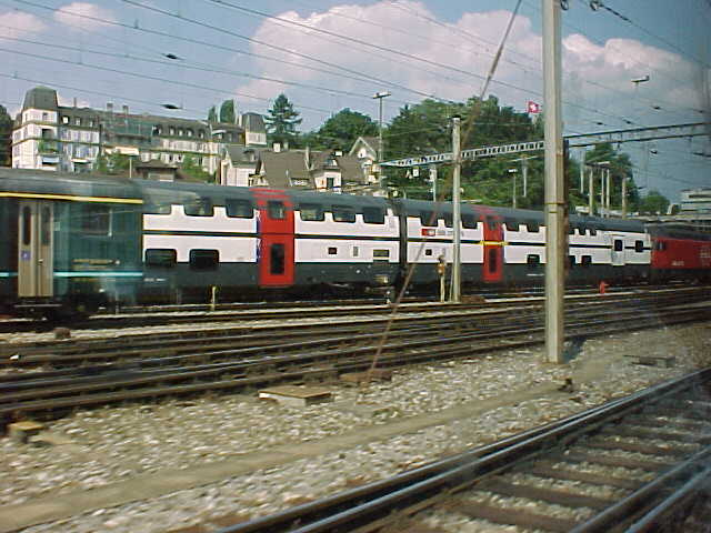 IC 2000 double decker train